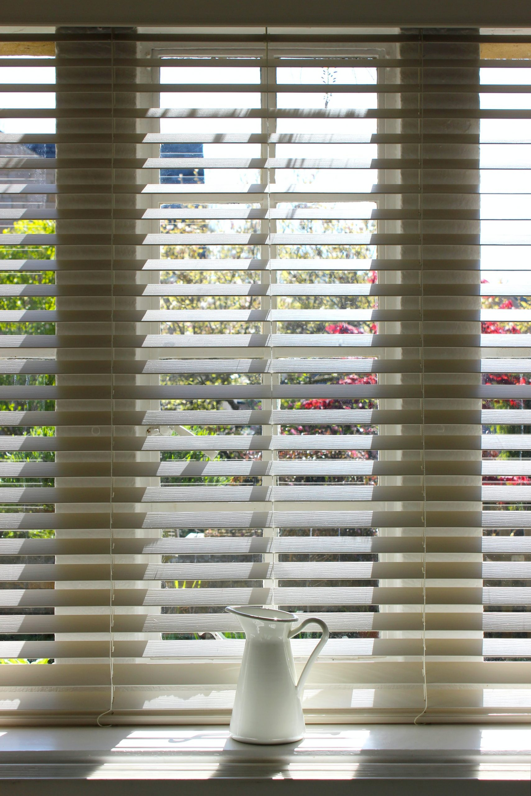 how to remove blinds for cleaning