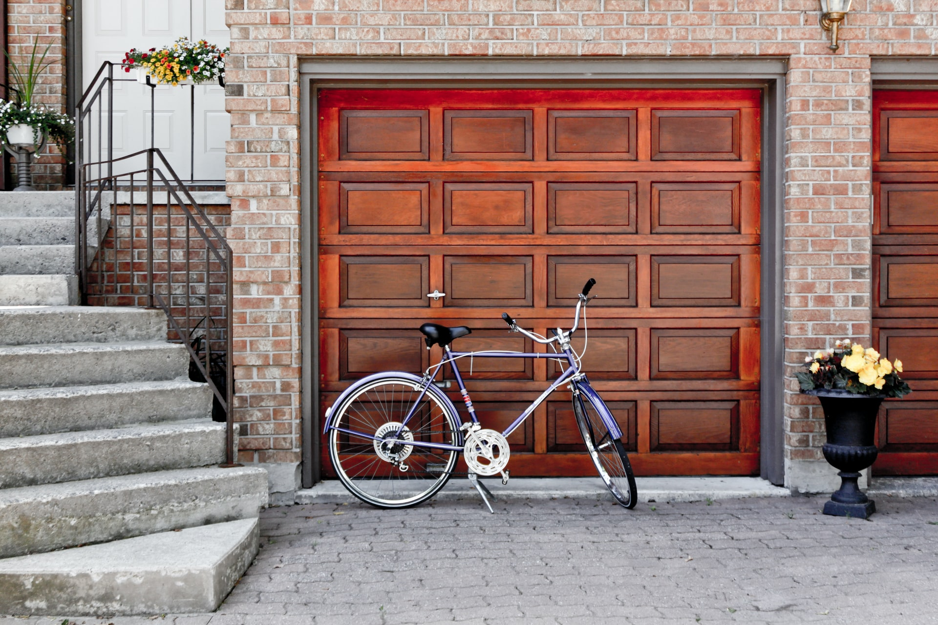 What Garage Doors Are Made Of
